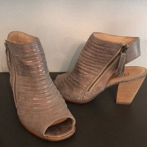 58b30b2d5 GREAT COND PAUL GREEN CAYANNE PEEP TOE US SZ 6.5